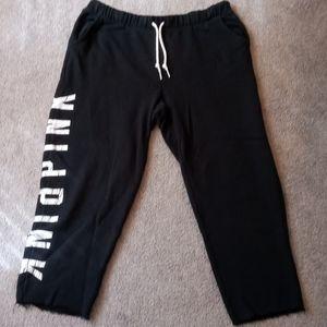 NEVER WORN!! womens PINK Capri sweatpants